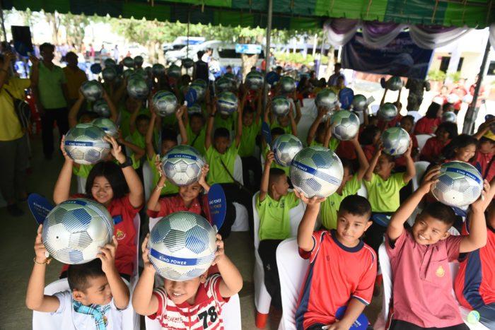 โครงการ ล้านลูก ล้านพลังสร้างฝันเด็กไทย1