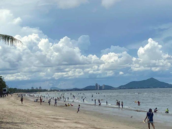 หาดบางแสน