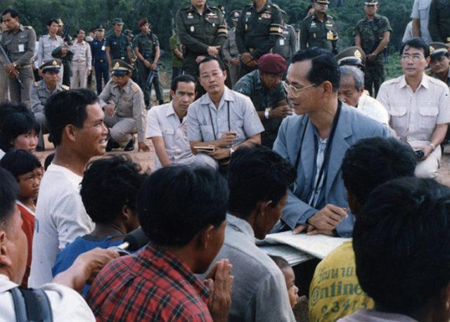 13 ต.ค. ทั่วประเทศร่วมจัดกิจกรรมน้อมรำลึก 'ในหลวง ร.9' - The Bangkok Insight