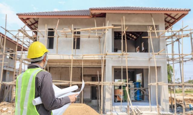 ซื้อบ้านใหม่ vs สร้างบ้านเอง